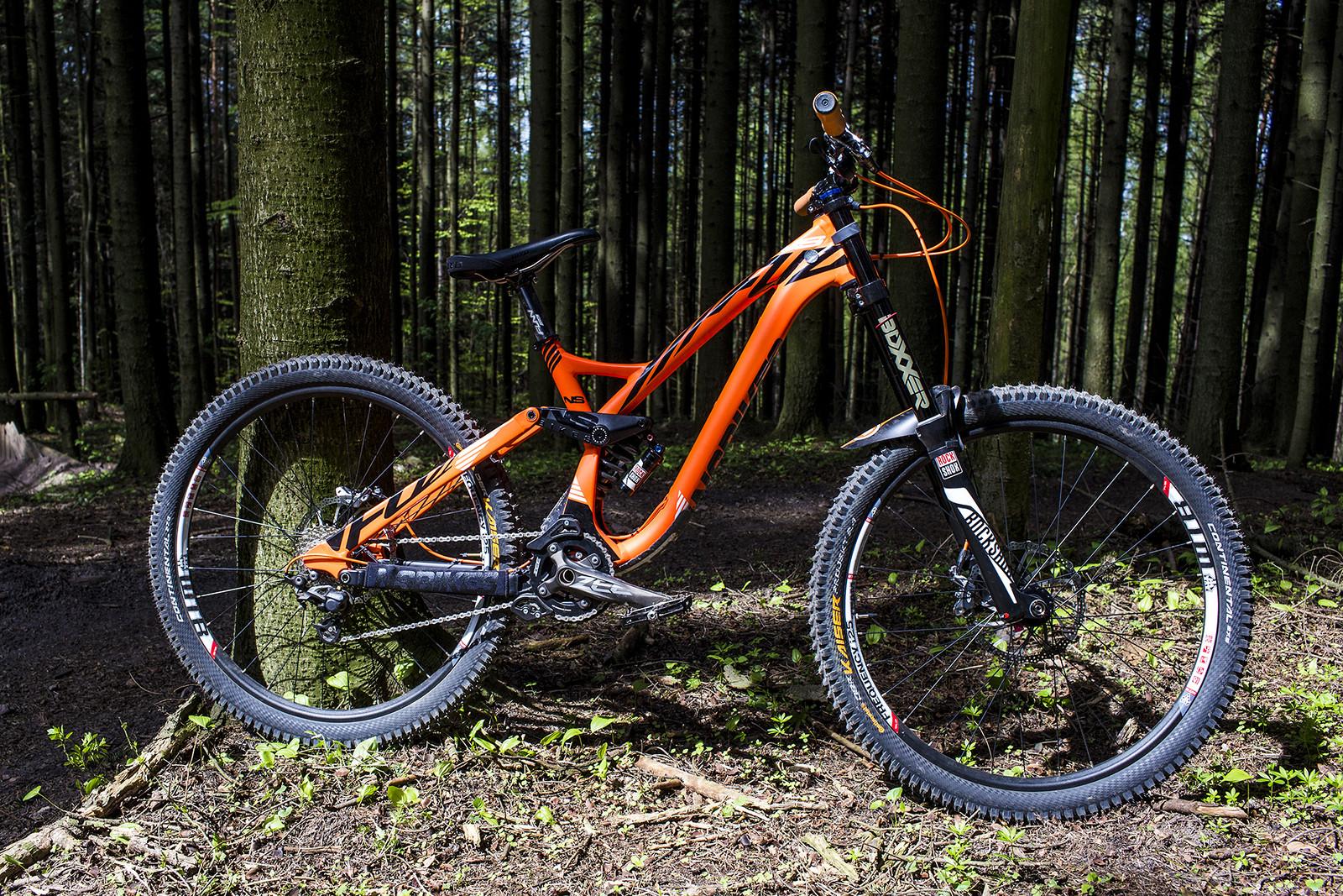 Tina S Ns Bikes Fuzz Goferrro S Bike Check Vital Mtb