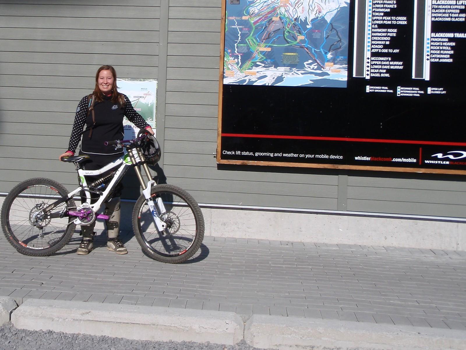 My new 09 Devinci Wilson race bike, frame only, custom parts.
