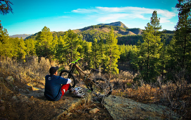 ILooking over Durango - jerryhazard - Mountain Biking Pictures - Vital MTB