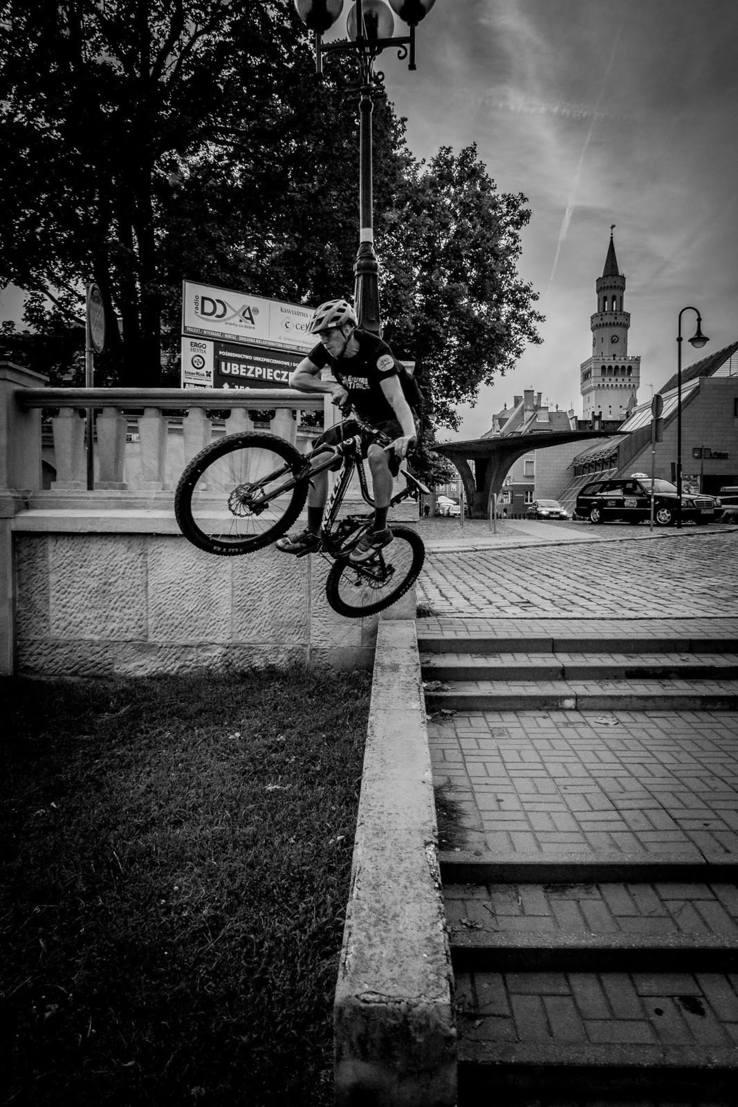 OPOLE CITY TABLETOP  - KUBA_RAT - Mountain Biking Pictures - Vital MTB