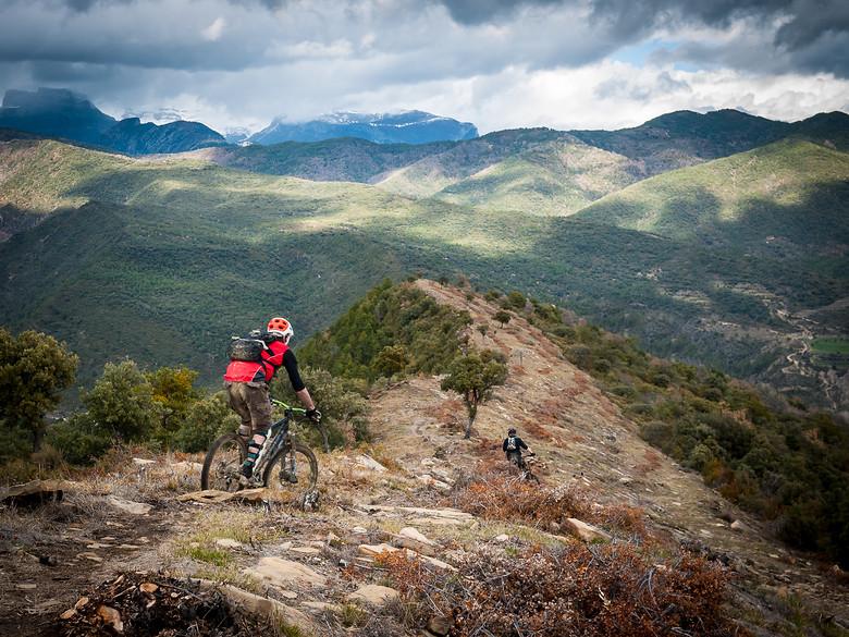 Pre Pyrenees Ridgelines - BasqueMTB - Mountain Biking Pictures - Vital MTB