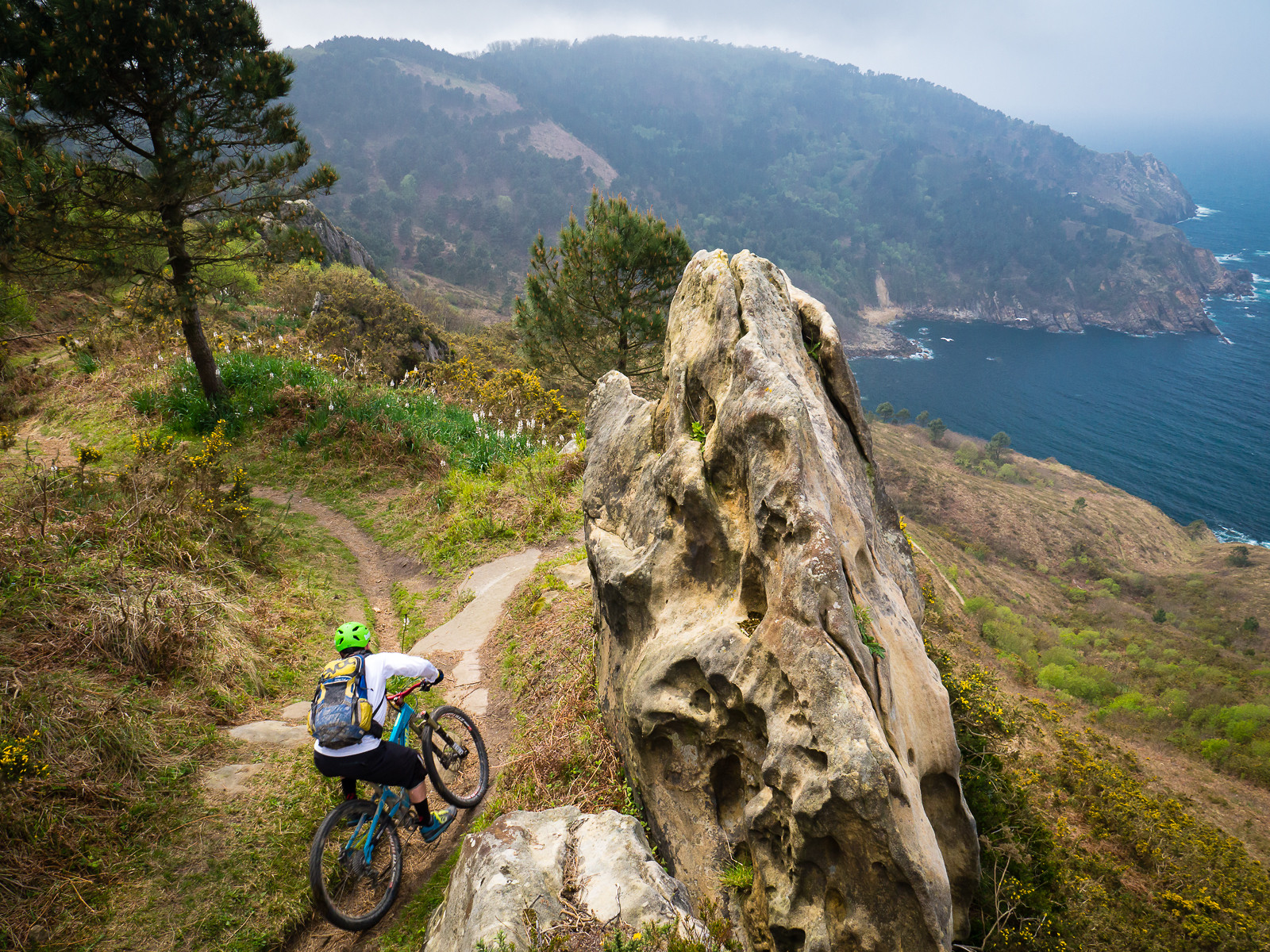 Singletrack on the Coast - BasqueMTB - Mountain Biking Pictures - Vital MTB