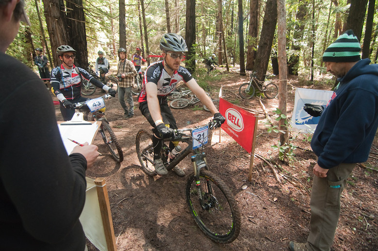 Shawn WIlson prepares to leave the start of stage two. - dustybermshot - Mountain Biking Pictures - Vital MTB