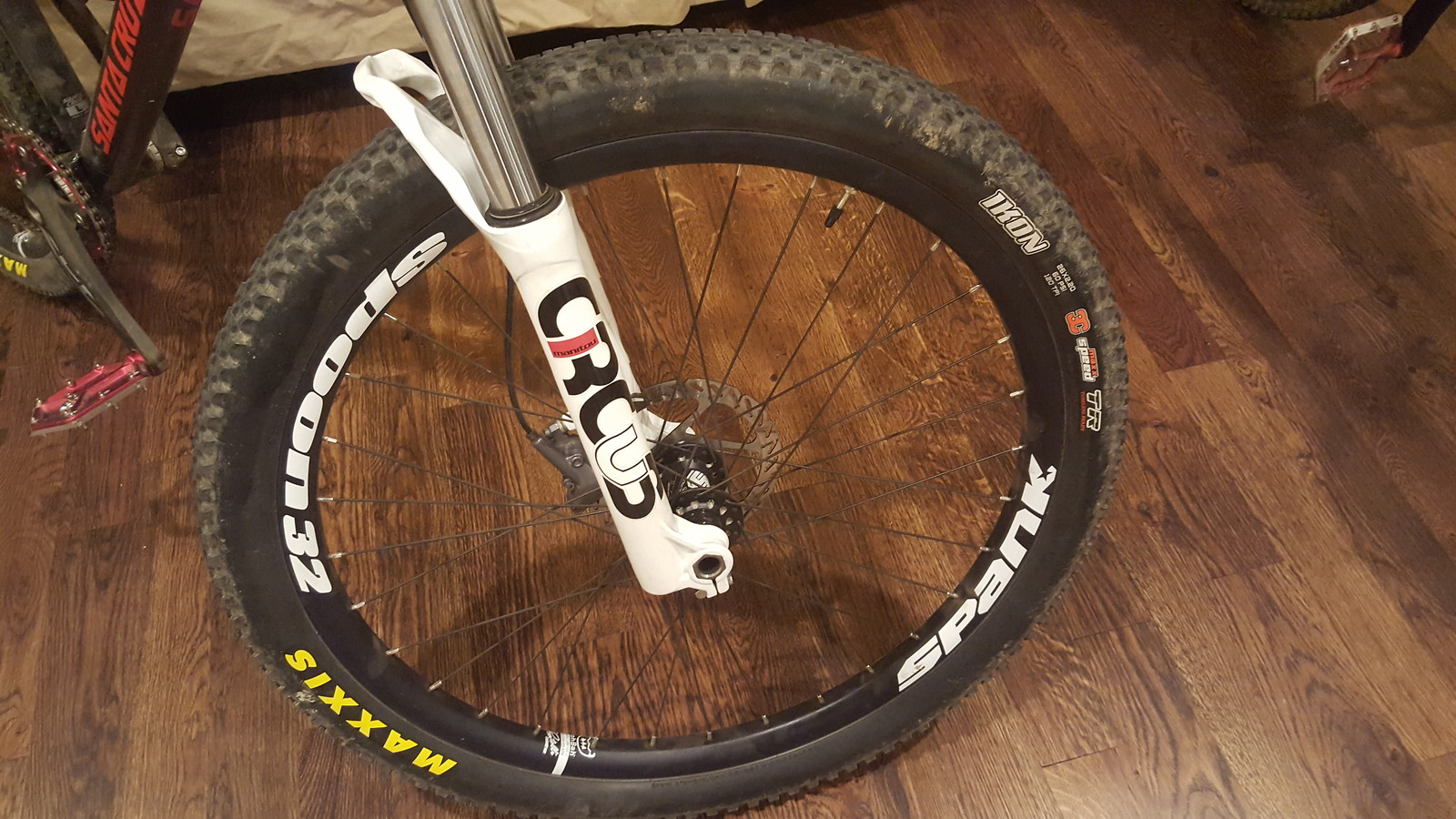 Circus Auto Parts Spanked Santa Cruz Jackal That Norco Dude39s Bike Check Vital Mtb