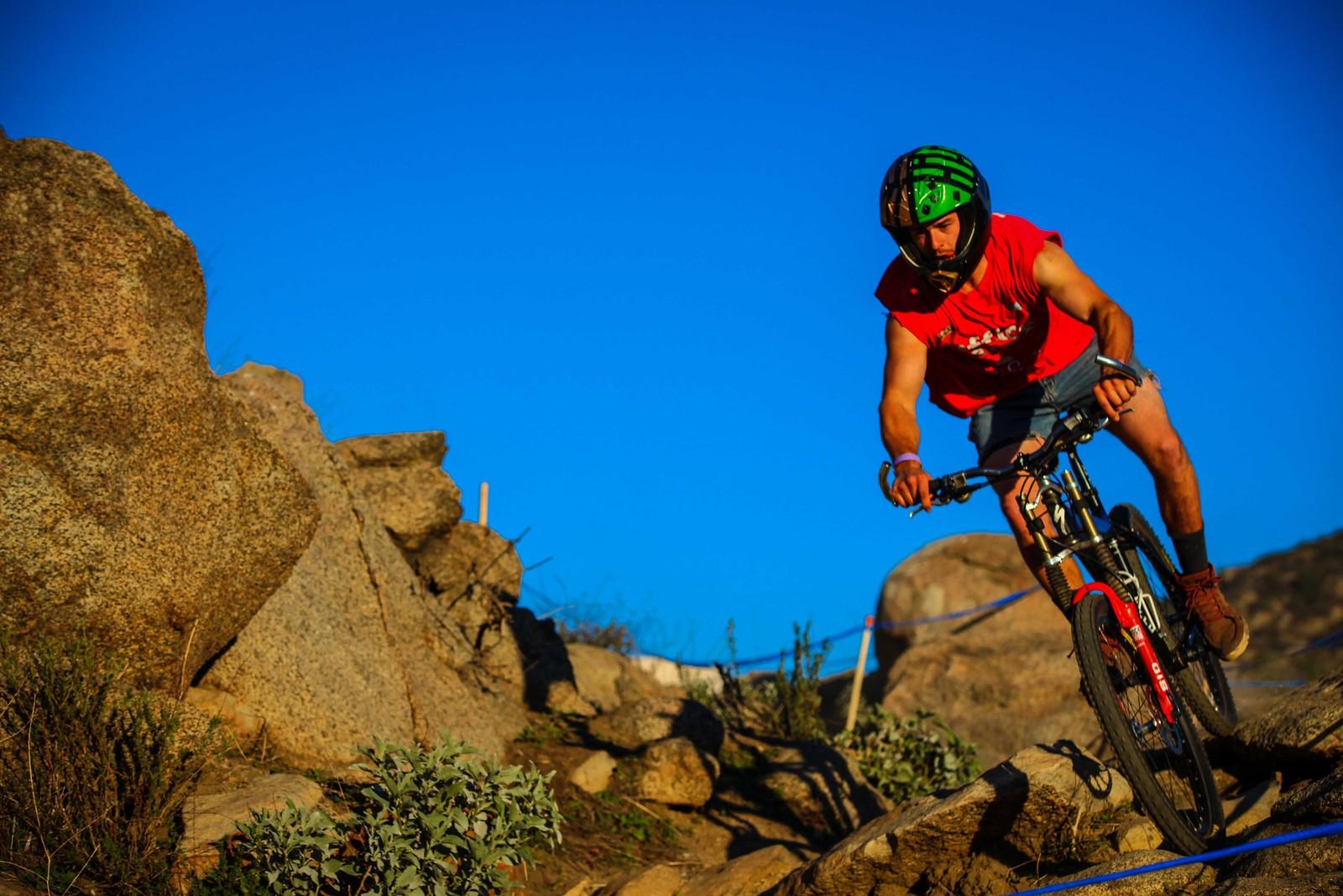IMG 1692 - GnarHuck - Mountain Biking Pictures - Vital MTB