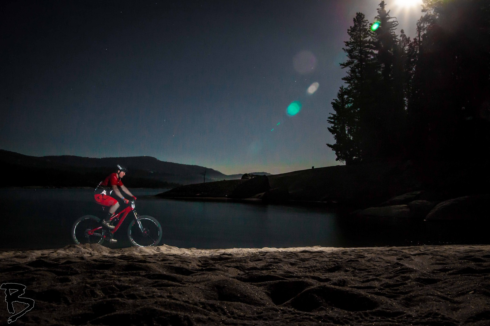 The Night Ghost - GnarHuck - Mountain Biking Pictures - Vital MTB