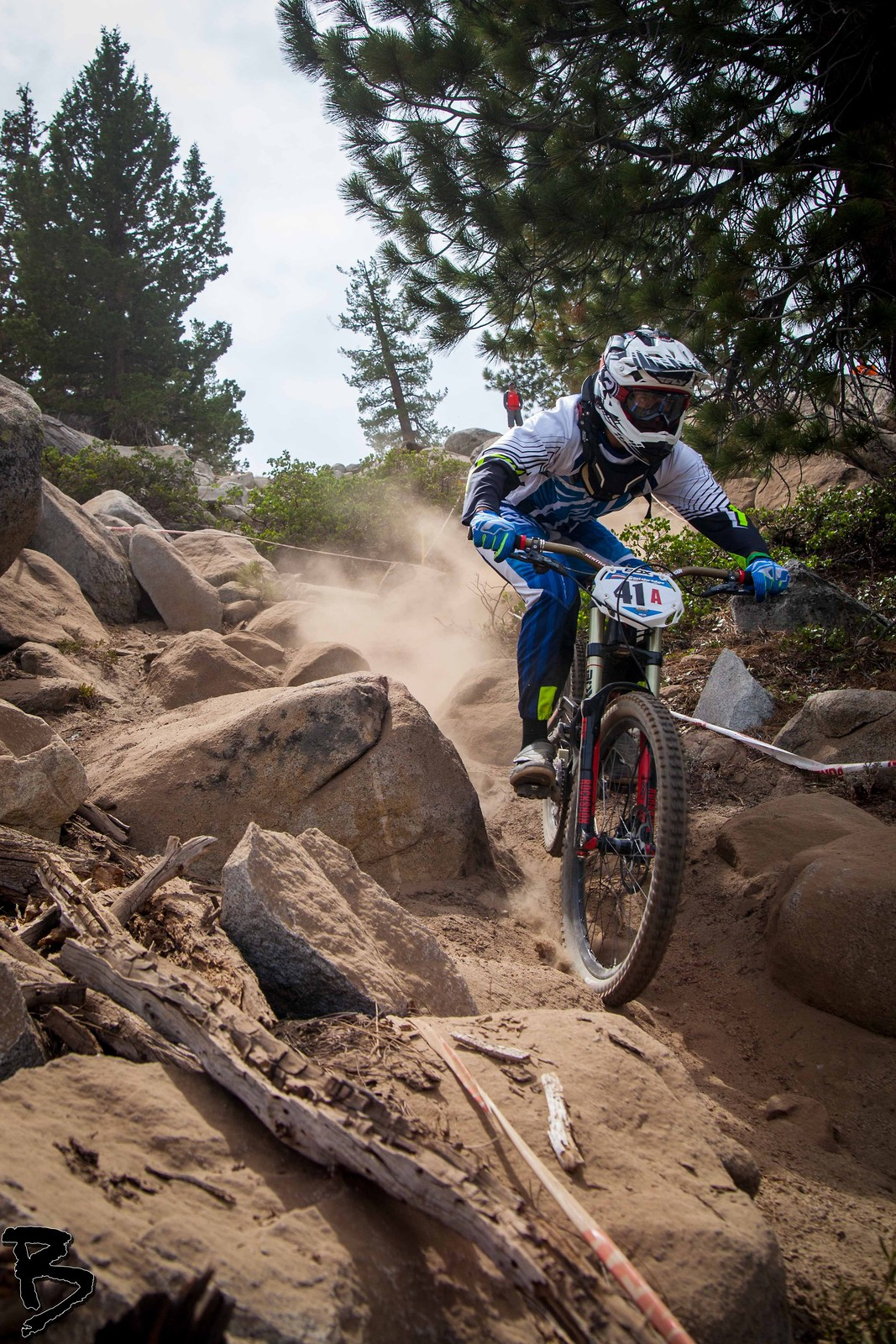 Speed, Rocks, And Dust - GnarHuck - Mountain Biking Pictures - Vital MTB