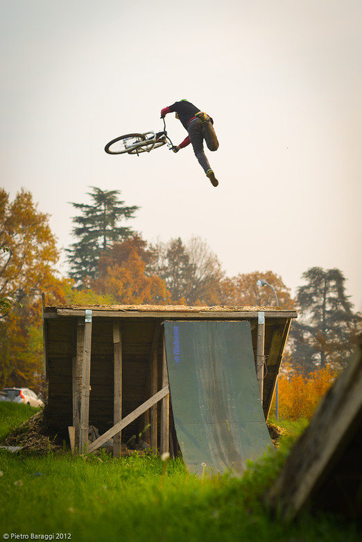 Filippo tailwhip in Ar-Ca Trail - Pippuz - Mountain Biking Pictures - Vital MTB