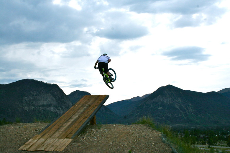 Ladder jump - 80thrash - Mountain Biking Pictures - Vital MTB