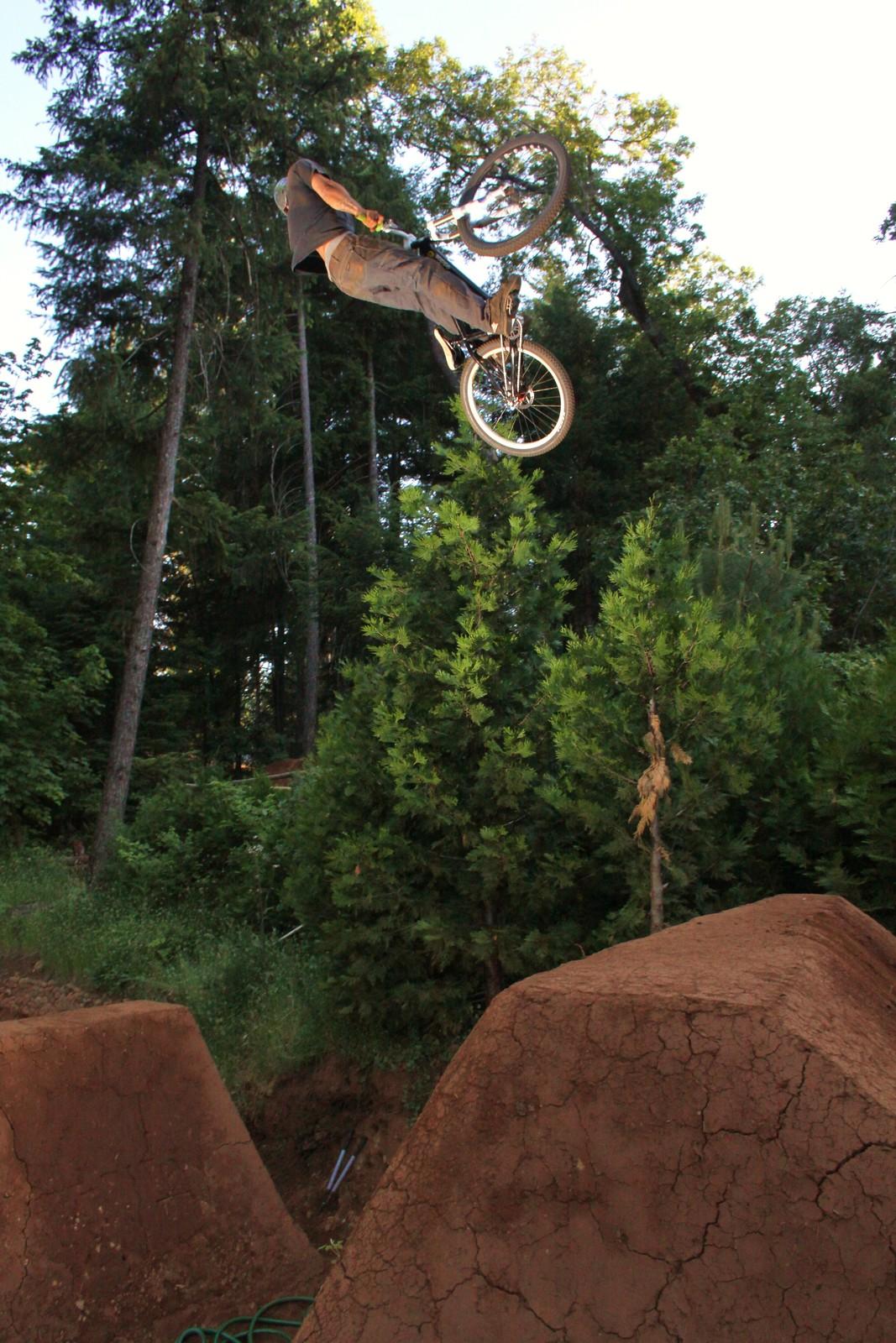043 - ZD - Mountain Biking Pictures - Vital MTB