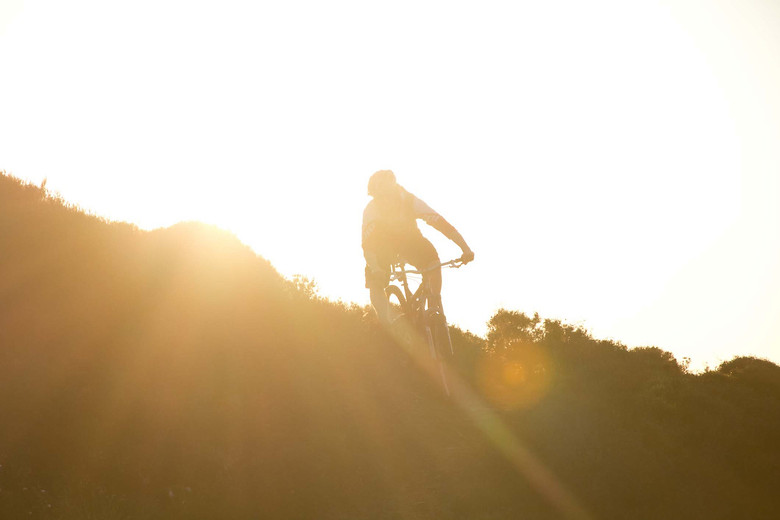 cutting through some sunset rays - Geemilnermedia - Mountain Biking Pictures - Vital MTB