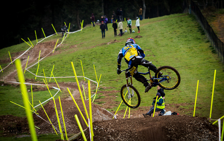 Matti Getting rowdy - Geemilnermedia - Mountain Biking Pictures - Vital MTB