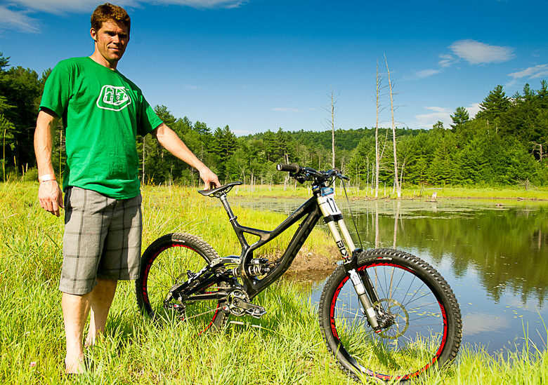 Curtis Keene and his Specialized S-Works Demo - What are they Riding Grand Prix Highland - Mountain Biking Pictures - Vital MTB