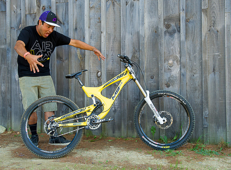 Cody Warren and his Intense M9 FRO - What are they Riding Grand Prix Highland - Mountain Biking Pictures - Vital MTB