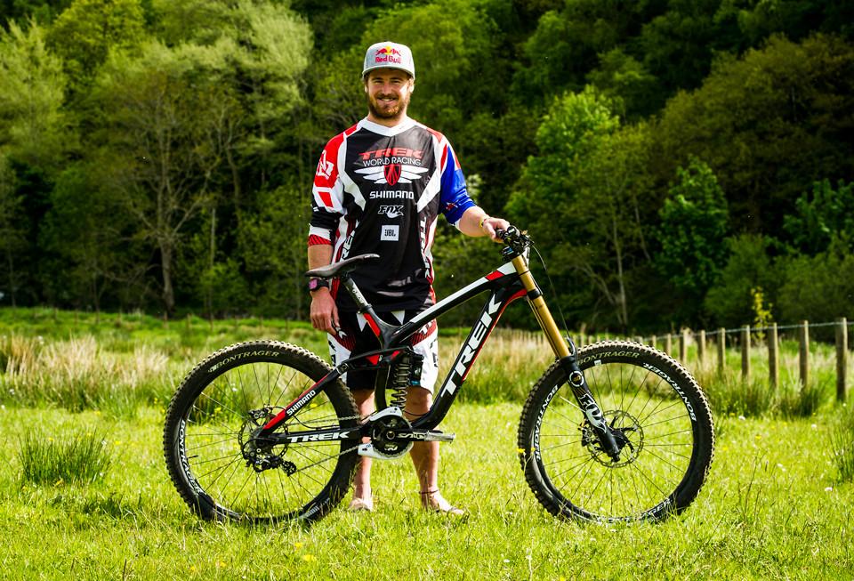 Pro Bike Check: Brook MacDonald's Trek World Racing Session 9.9 - mdelorme - Mountain Biking Pictures - Vital MTB