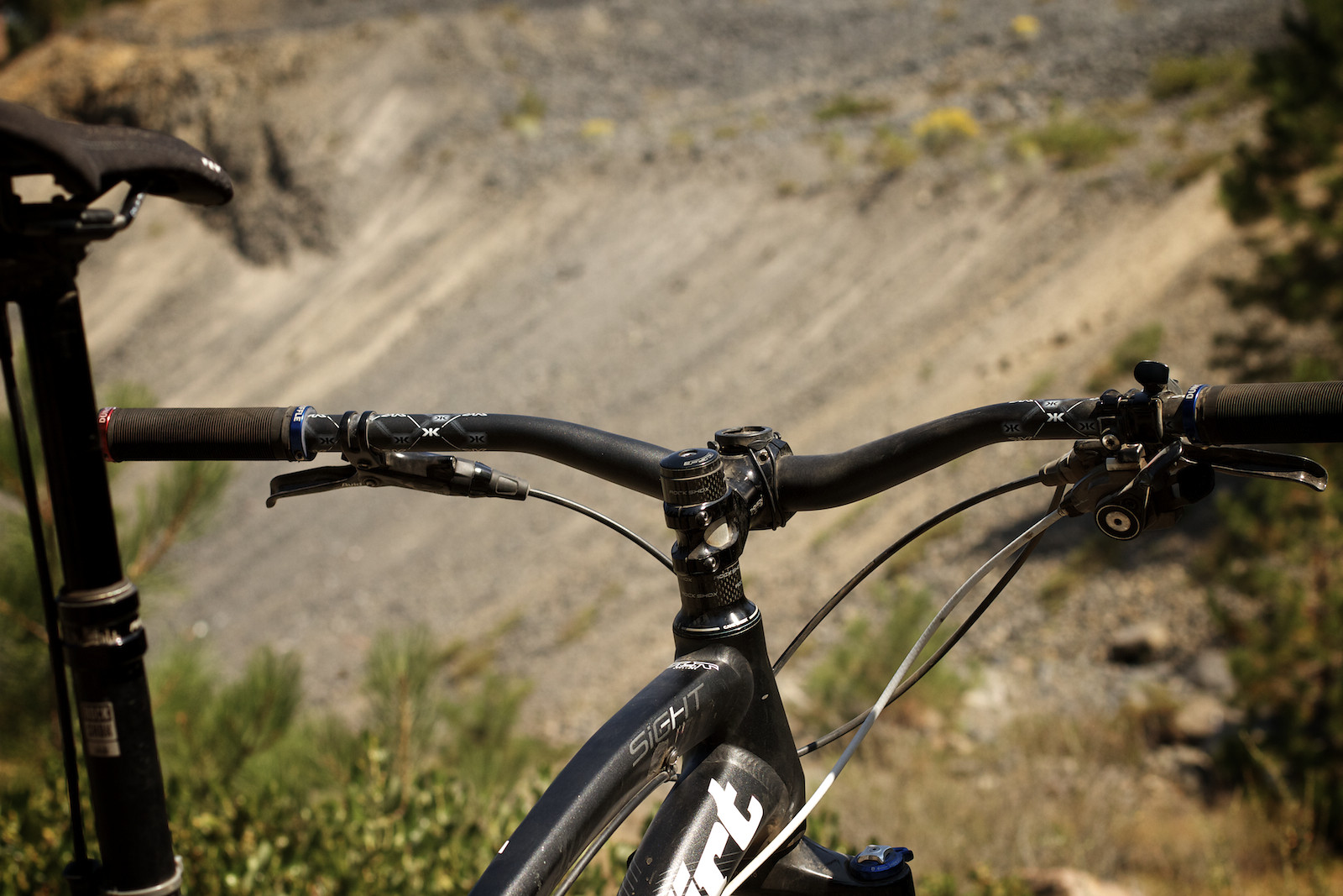 Duncan Riffle's Norco Sight Cockpit - corytepper.com - Mountain Biking Pictures - Vital MTB