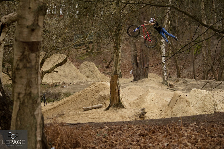 Ryan nangle-Super can - Declan_Lepage - Mountain Biking Pictures - Vital MTB