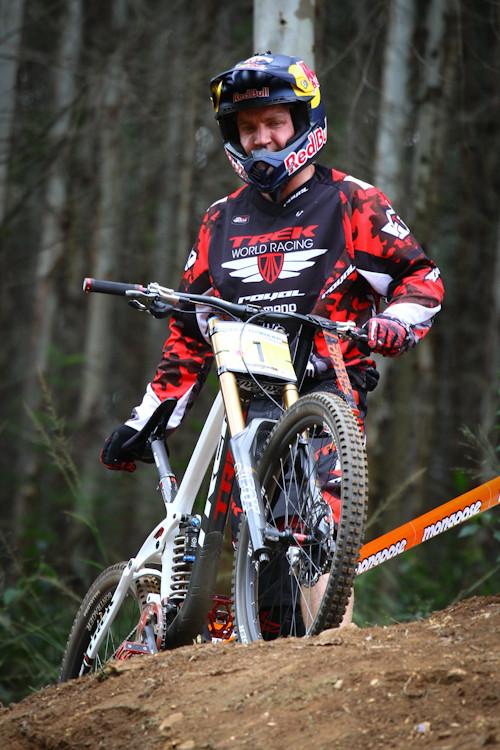 Aaron Gwin With His Red Bull Helmet Iamcycho Mountain Biking