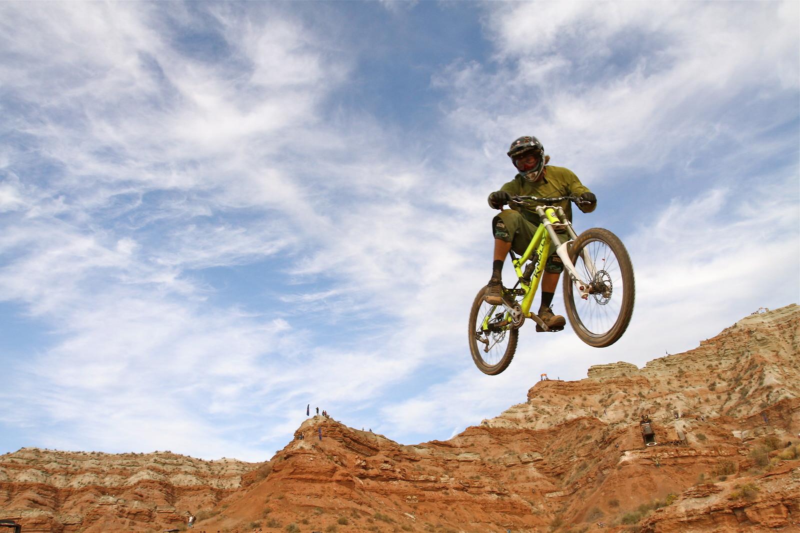 Garett Buehler - Malcolm Mclaws - Mountain Biking Pictures - Vital MTB