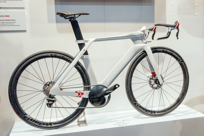 18 Concept Bike With Integrated Disc Brakes 2 Interbike 2017