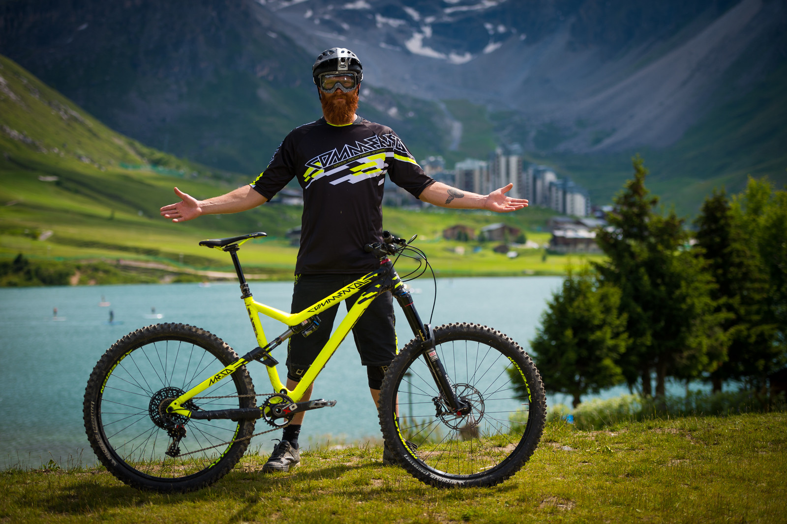 PEF's Commencal Meta V4 - iceman2058 - Mountain Biking Pictures - Vital MTB