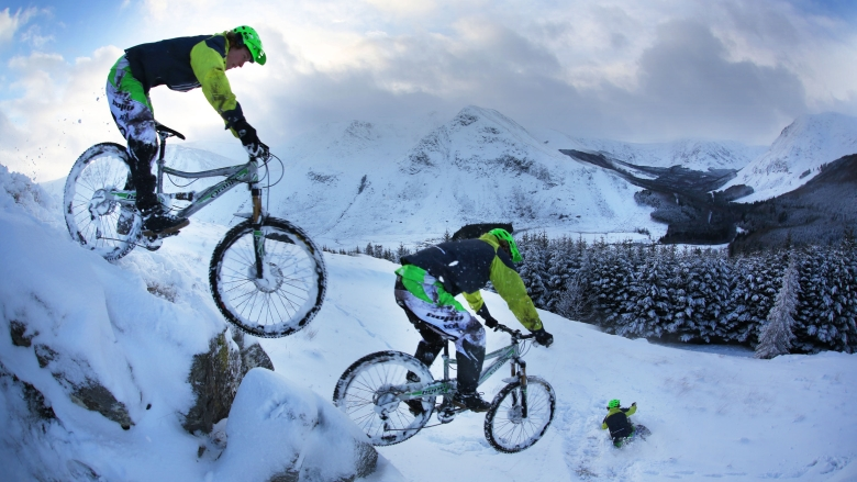 Mountain Bikers Vs. Snowdrifts In The Scottish Highlands | Trippin' Winter, Ep. 1