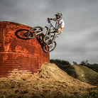 C138_mountain_bike_jump_remote_flash