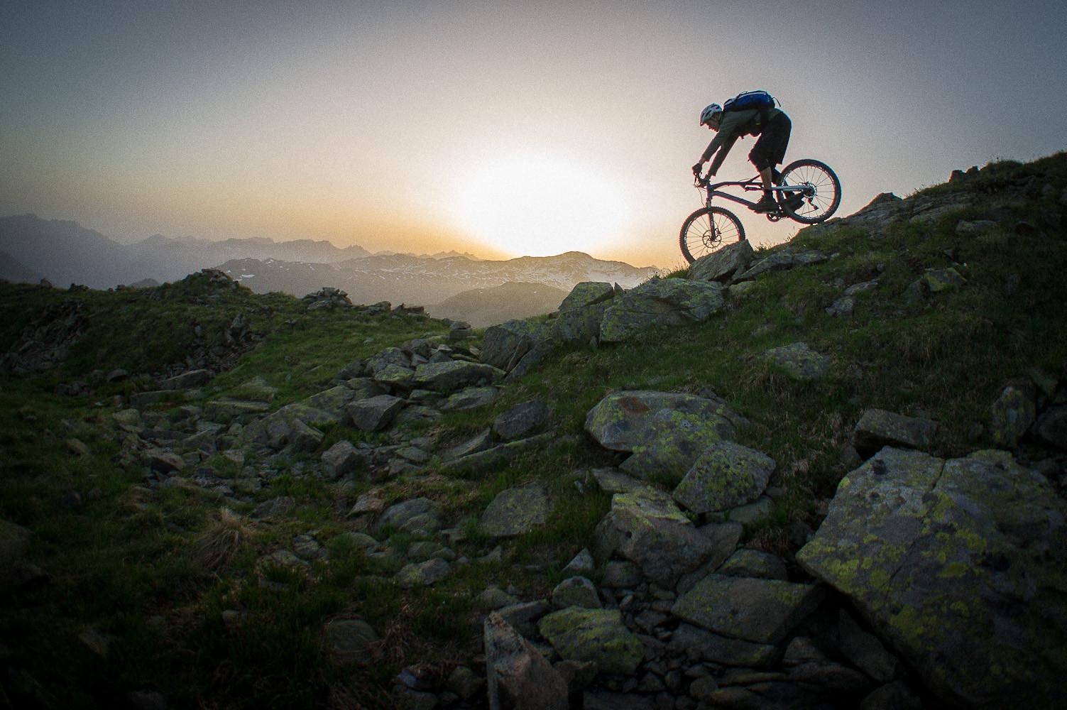 Dawn Patrol - Filme von Draussen - Mountain Biking Pictures - Vital MTB