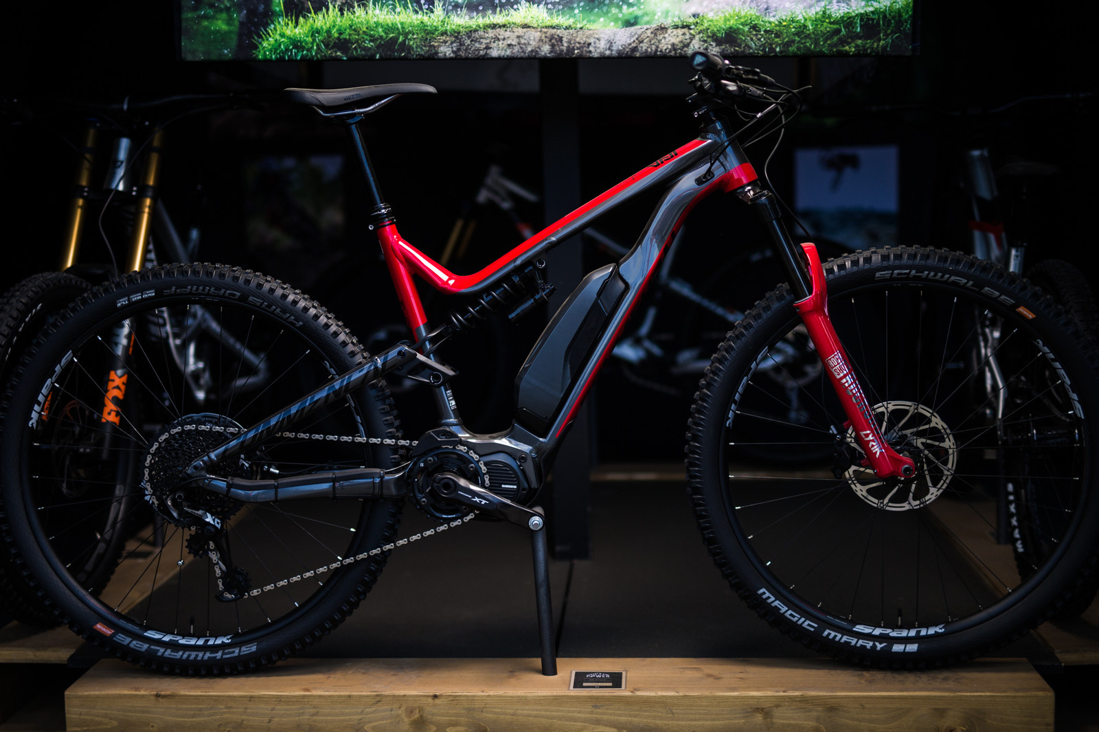 Commencal's New META Power 29 Helps You Ride Further, Faster - Sea Otter Classic