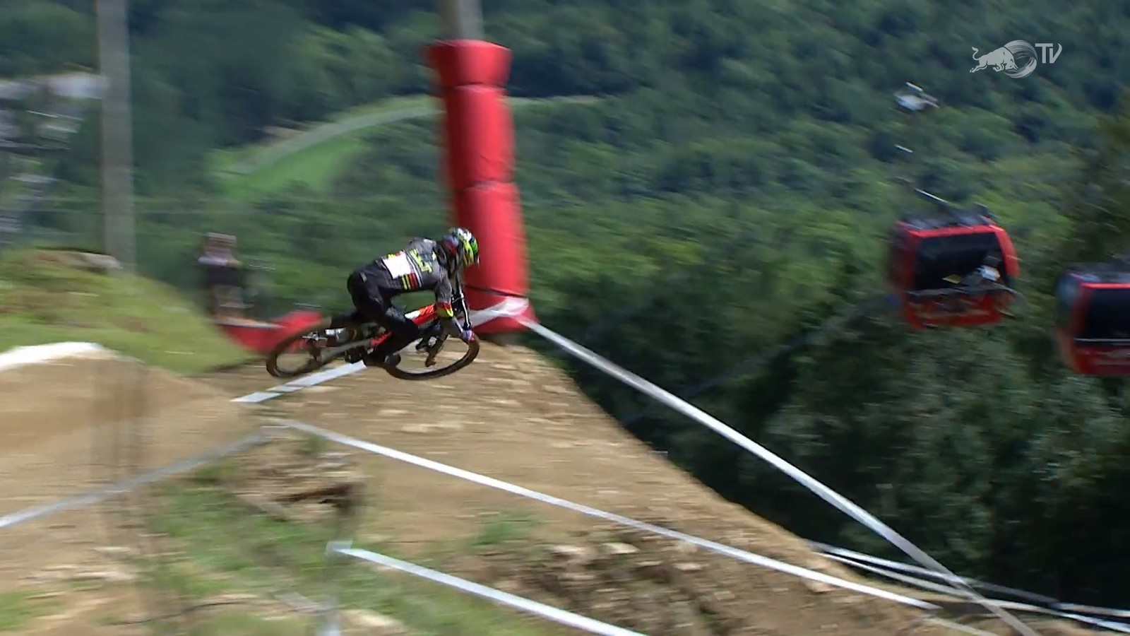 Qualifying Action from Mont-Sainte-Anne