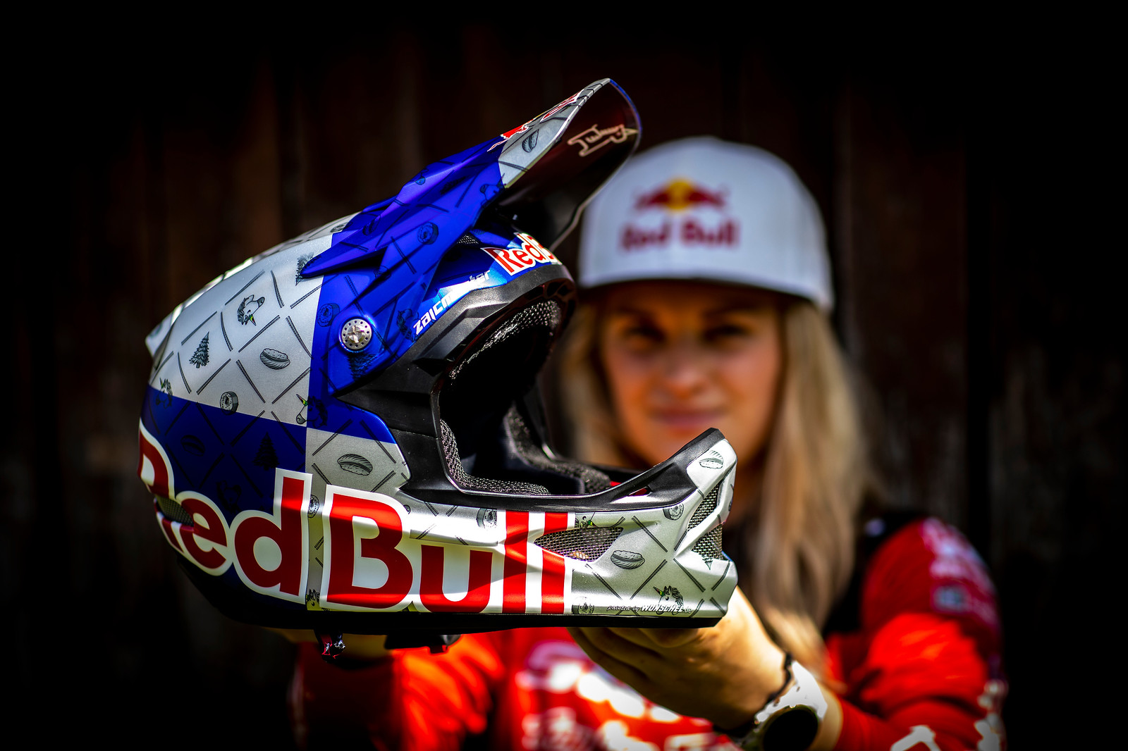 PIT BITS - Vali Holl's New Red Bull Helmet and TLD x Truvativ Collab Goods