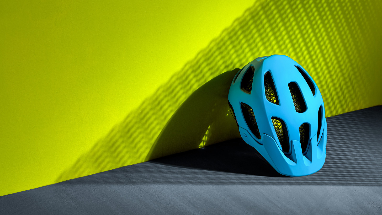 Bontrager Introduces a More Affordable WaveCel Mountain Bike Helmet