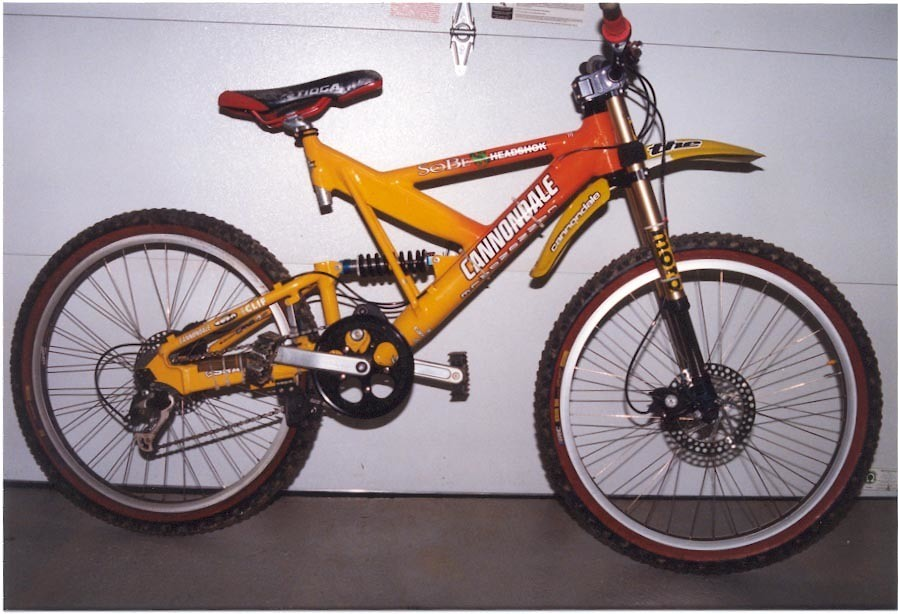 9095f967f6b My first DH bike. Got on the SoBe/Headshok team and got my dream bike, the Cannondale  Super V DH 4000. It was a cool bike until both Coda brakes failed at ...