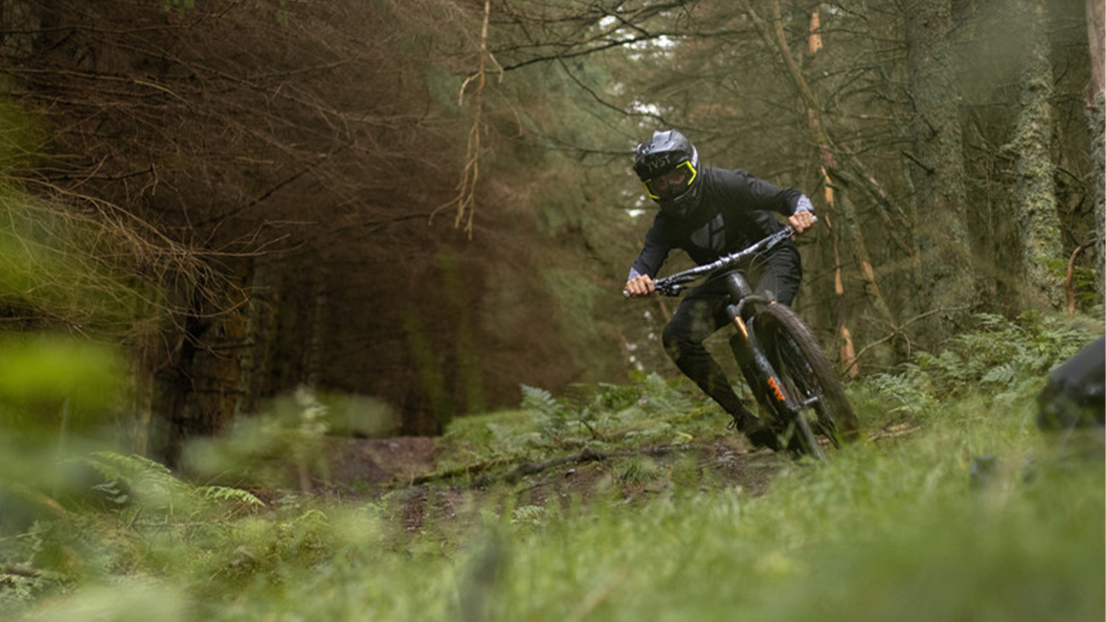 Keeping it Tight When It's Steep and Loose - Innes Graham Shows How It's Done