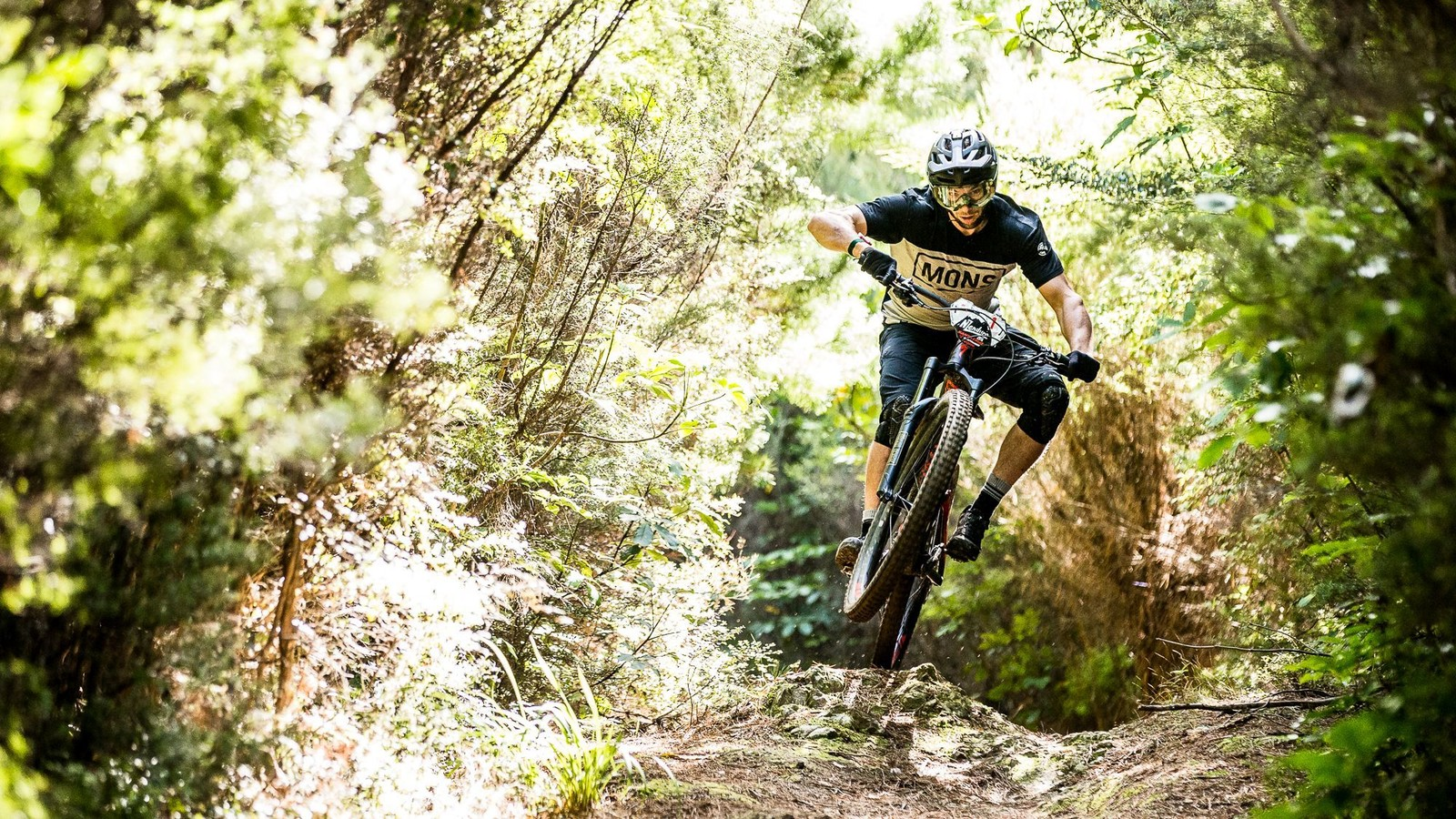 Wild and Windy in Whites Bay: Day One NZ Enduro
