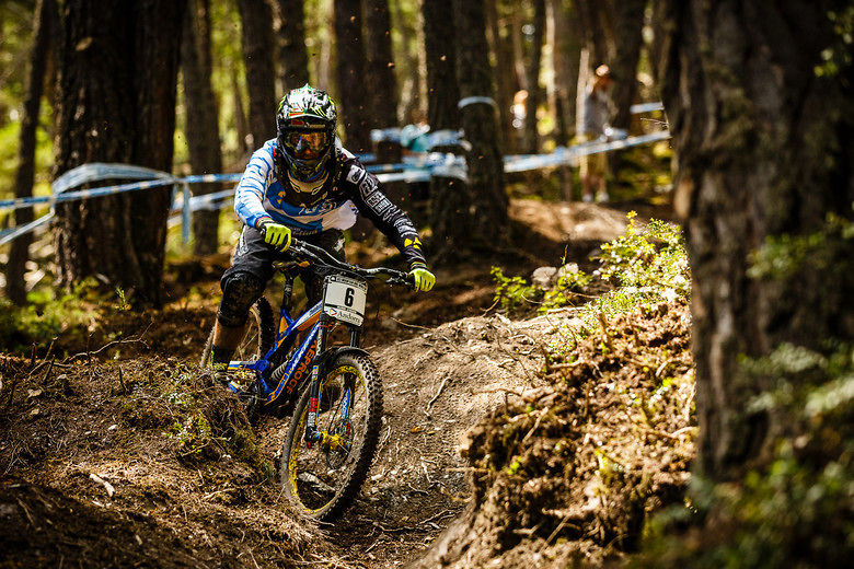 Fastest Bike In The World >> Sam Hill, Manon Carpenter Fastest in Andorra - World Cup ...