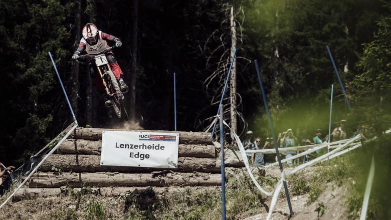 85a14fd7c65 The Fight for the Rainbow Jersey on Red Bull TV - Mountain Bikes Press  Releases - Vital MTB