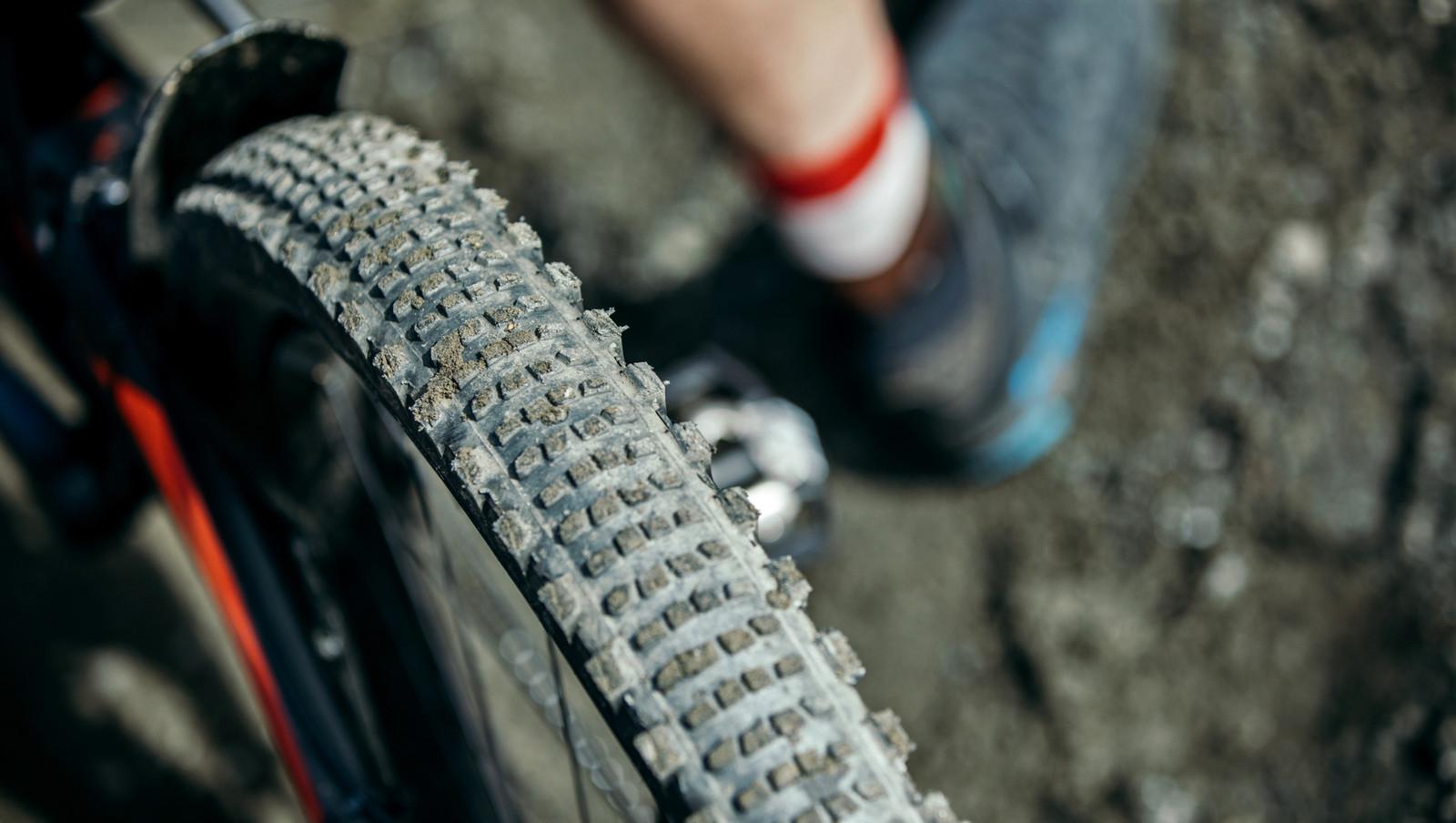 e*thirteen Introduces New S/S Semi-Slick Tire