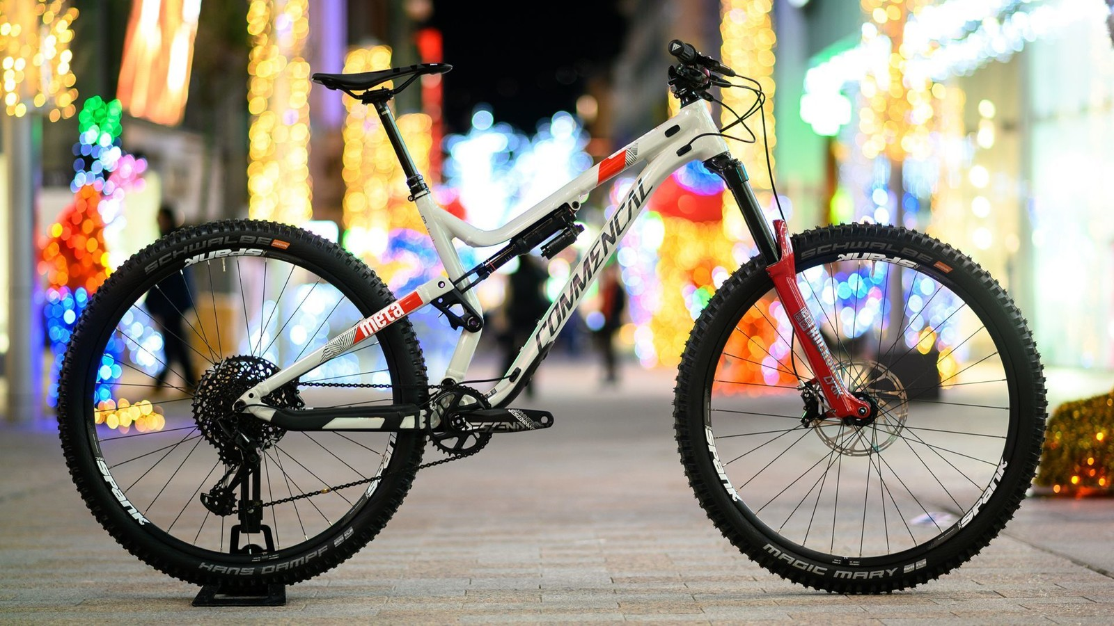 Commencal Introduces the Meta AM 29 SRAM Edition