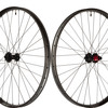 Stan's NoTubes Introduces Flow and Baron CB7 Carbon Wheels