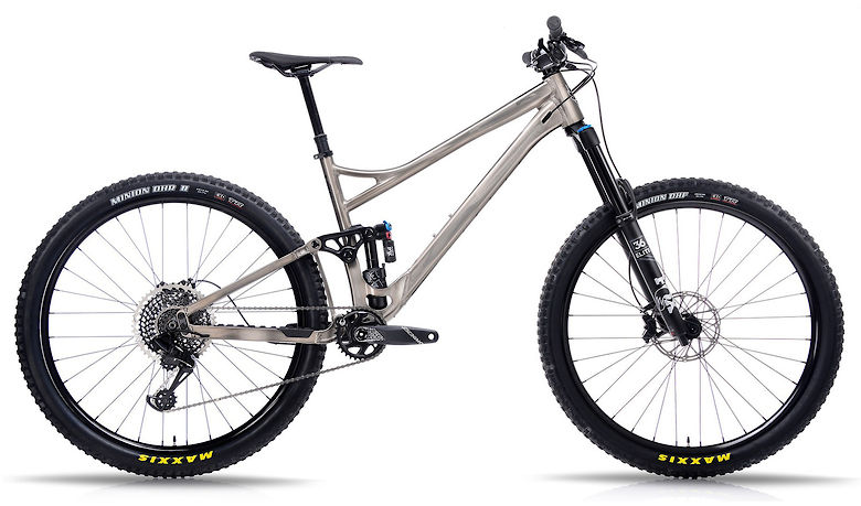 New Bikes from Banshee! Introducing the All-New Titan 29 and Rune V3