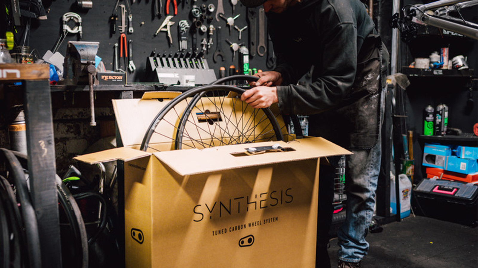 Crankbrothers Launches Synthesis Carbon Wheel Demo Program, Powered by Continental Tires