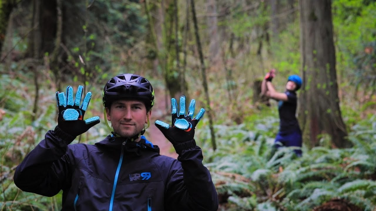 New Glove Collab and GIVEAWAY from PNW Components and Handup Gloves