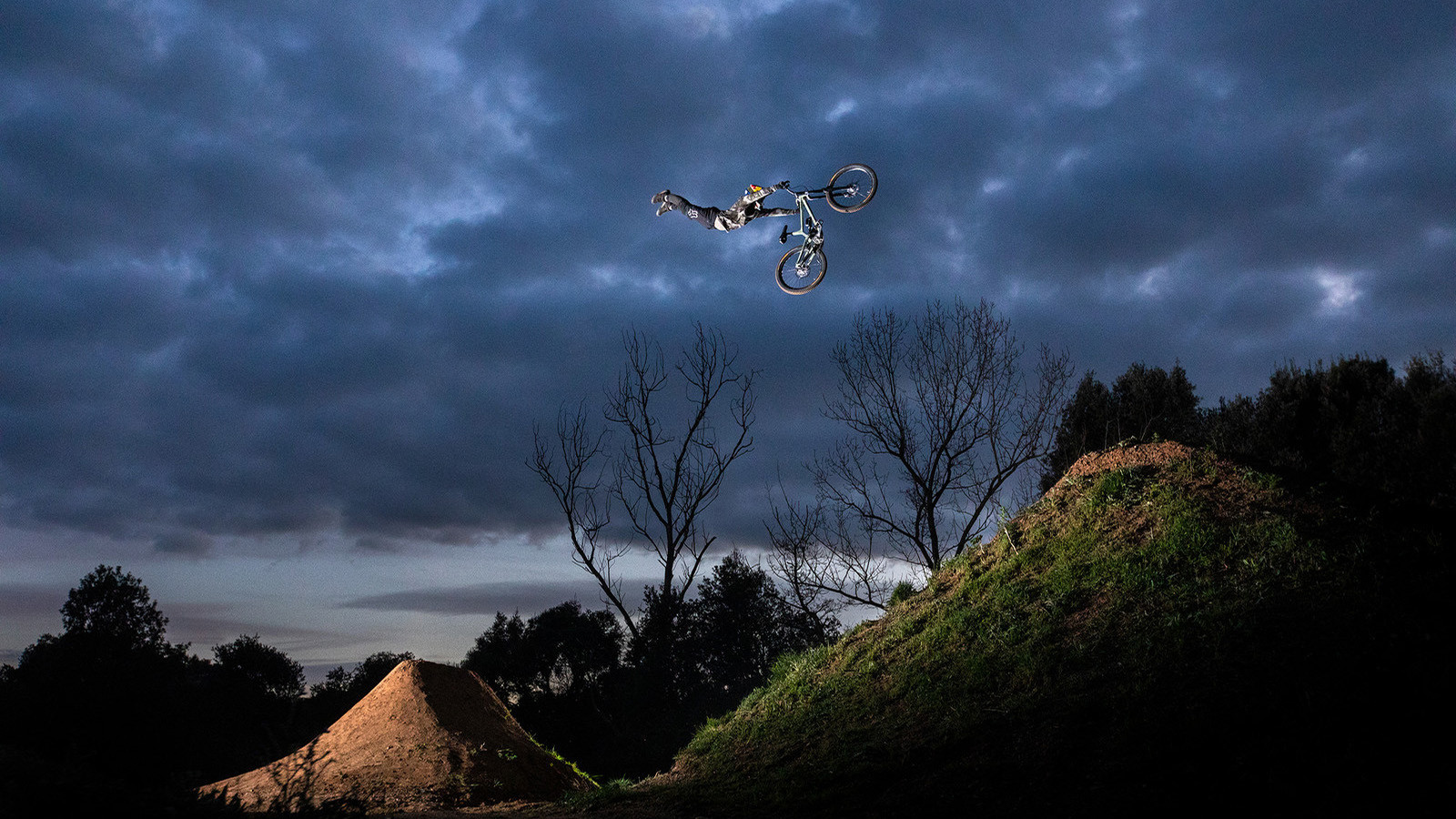 Ride Concepts Adds Andreu Lacondeguy to Factory Athlete Team