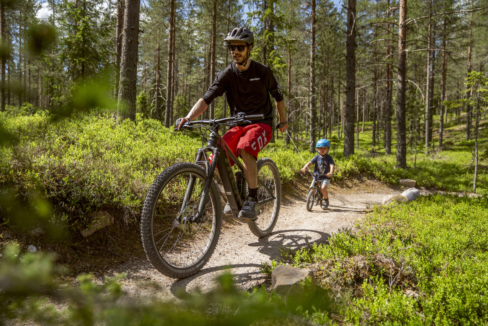 On the leash, ready, go – Kidreel ensures bike fun for the whole family!