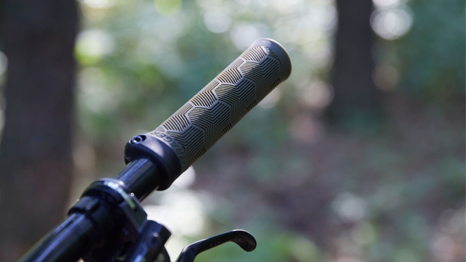 Used Fishing Nets in Your Grips - Bontrager's New XR Trail Grip