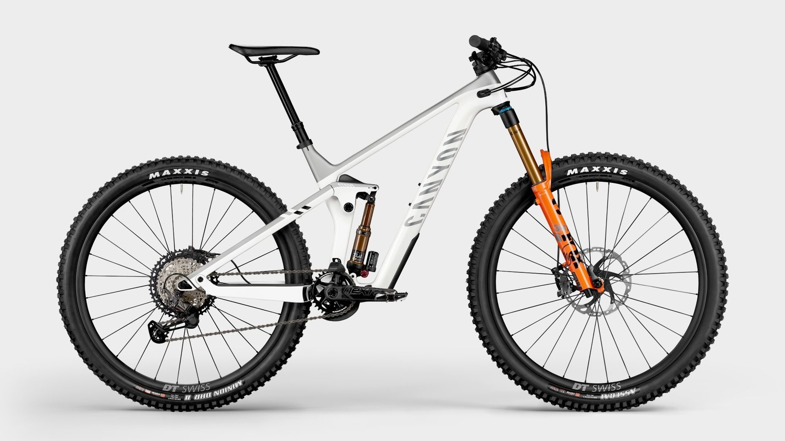Canyon Updates the Strive with Fresh Colors and Specs for 2021