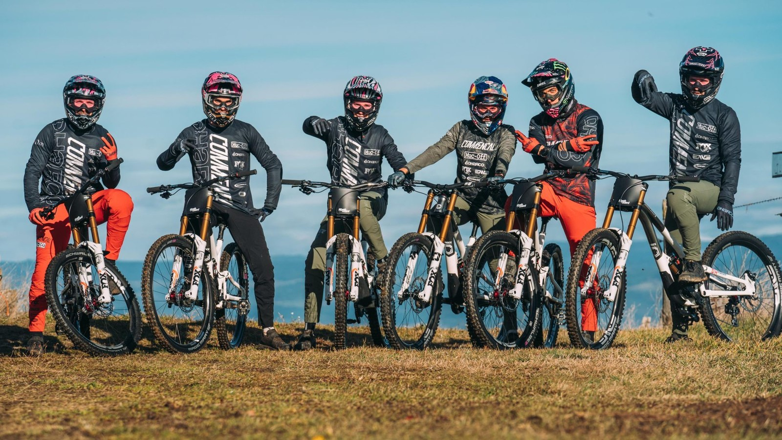 DHaRCO Partners with COMMENCAL / MUC-OFF Downhill Team for 2021