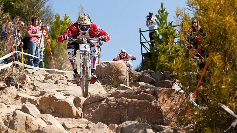 Biography of UCI Downhill World Cup Champion Steve Peat To Be Published in Autumn 2021
