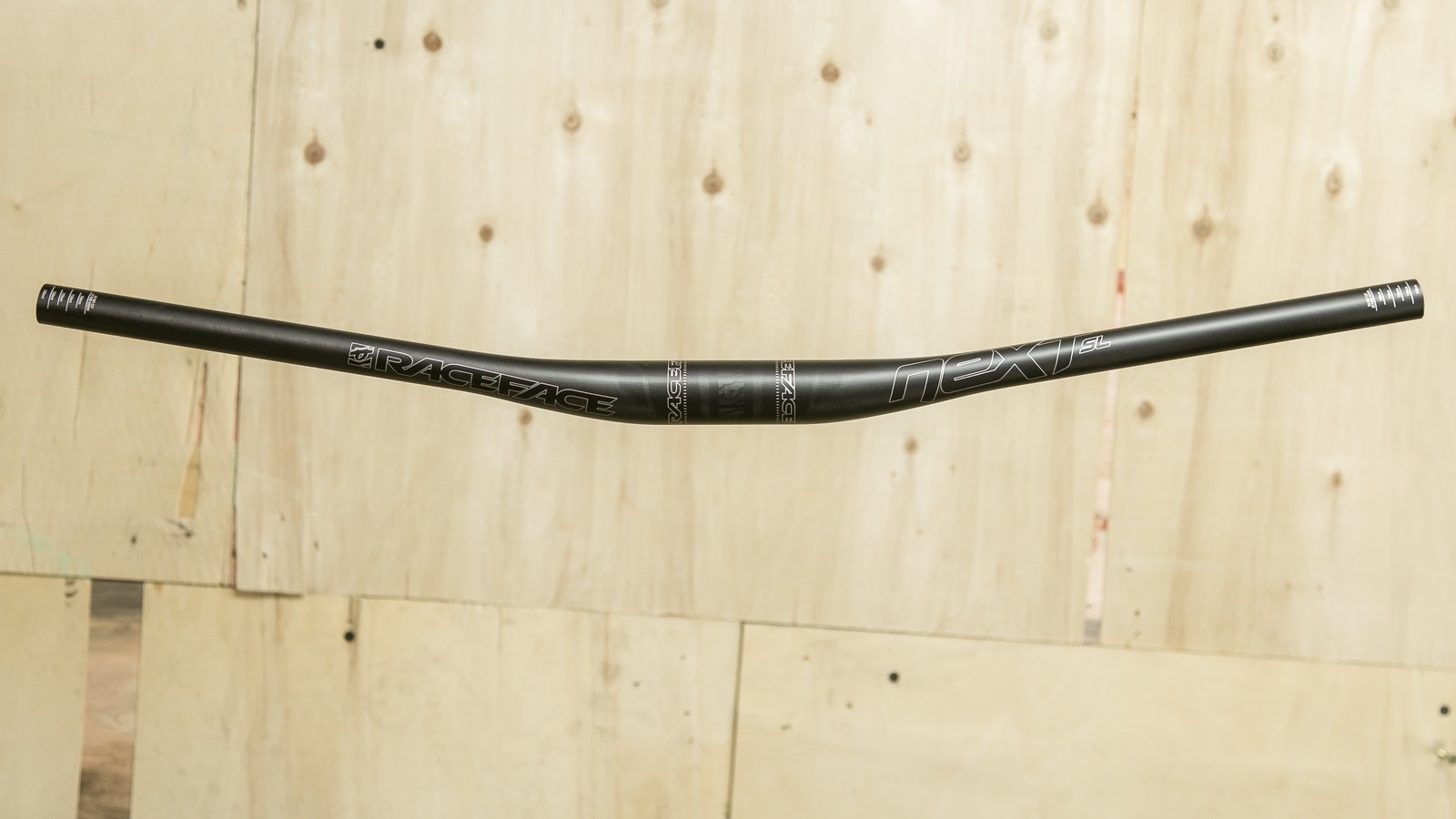 Only 167g - New Race Face Next SL Handlebar (and Gulevich is Hilarious!)